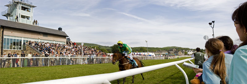 Cartmel Races, May 2006The Cartmel Steeplechase race meetings occur 3 times a year during the May and August Bank Holidays and an one day event in July. The course is in beautiful park land on the edge or historic Cartmel